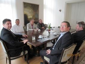 Susret u veleposlanstvu 1