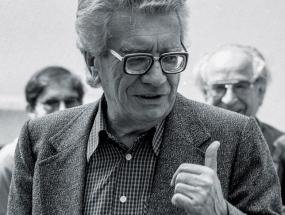 Zvane Črnja sredinom 1980-ih; snimio Mate Ćurić.